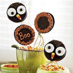 Oreos Dipped In Chocolate - Halloween Style