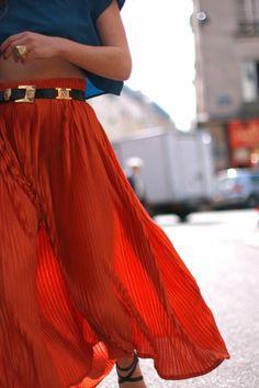 jupe longue femme rouge, jupes mi longues tendances de la mode