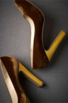 These look like way too high of a heel for me to wear,but I do love the velvet...