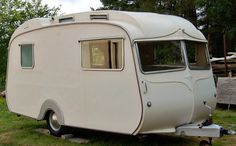 Vintage Carlight caravan. Available to hire for weddings, parties and corporate events. edencelebration.co.uk