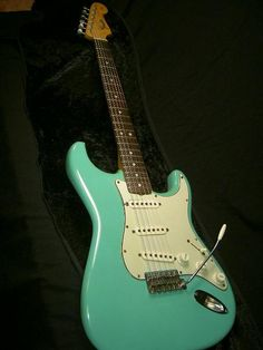 vintage 1965 fender stratocaster1 (solid swamp ash body w ocean turquoise paint) ♥