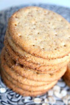 Biscuit Cookies, Shortbread, Bread Baking, Finger Foods, Crackers, Hummus, Baking Recipes, Biscuits, Appetizers