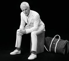Mad Men star John Slattery poses for ESQUIRE Magazine UK photographed by Neil Gavin with elegant styling from Eric Nicholson at Atelier Management. Black White Photos, Black And White, John Slattery, Esquire Uk, Mens Tailor, Actor John, Uk Photos, Mad Men, Photoshoot