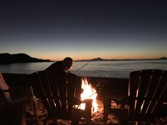 Between Beaches Alaska Provides a Private Alaska cozy cabin rentals located near Homer, Alaska. Call us today to book your adventure. Alder Tree, Luxury Glamping, Luxury Cabin, Ocean Sounds, Luxury Accommodation, Cozy Cabin, Cabin Rentals, Sandy Beaches, Vacation Destinations