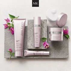 TimeWise Repair® Volu-Firm® Set - Restore what was lost and lift away the years with this scientifically innovative regimen that proves it's never too late to help rescue skin from the damage of the past and recapture a vision of youthfulness. Mary Kay Party, Mary Kay España, Mary Kat, Mary Kay Cosmetics, Timewise Repair, Mk Men, Imagenes Mary Kay, Mary Kay Brasil, Selling Mary Kay