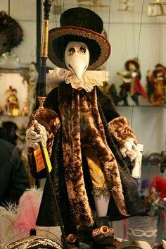 Marionetta (Il medico della peste ) Pisanim