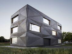 best architects architektur award // tillicharchitektur / tillicharchitektur / Produktions- und Bürogebäude Textilmacher / Gewerbe- & Industriebauten