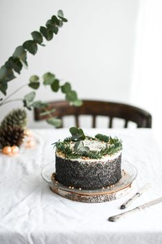 Maková torta s bielou čokoládou - Red velvet blog Red Velvet, Table Decorations, Cake, Desserts, Blog, Tailgate Desserts, Deserts, Food Cakes, Cakes