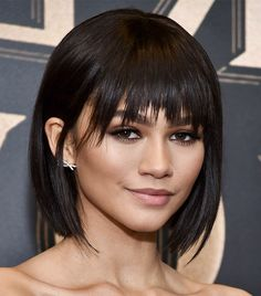 kurze Frisuren - Stylists say these will be the best short haircuts for 2018 Byr. - kurze Frisuren - Stylists say these will be the best short haircuts for 2018 Byrdie - Celebrity Short Haircuts, Short Haircuts With Bangs, Short Haircut Styles, Short Hairstyles For Women, Hairstyles With Bangs, 2018 Haircuts, Casual Hairstyles, Pixie Haircuts, Short Hair Cuts For Women With Bangs