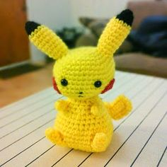 Pikachu Pokemon: free crochet pattern.This free Pikachu pattern is available on the Crafts Sauce blog.