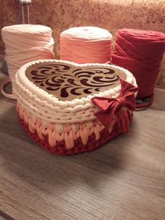 Crochet Basket Pattern, Knit Basket, Crochet Patterns, Crochet Wallet, Free Crochet Bag, Knit Rug, Crochet Decoration, Fabric Ribbon, T Shirt Yarn
