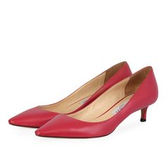 These chic and sassy Jimmy Choo Kitten Heels are a great addition to any wardrobe! Pink Pumps, Kitten Heel Pumps, Jimmy Choo Shoes, Mean Girls, Pretty In Pink, Designer Shoes, Sassy, High Heels, Chic