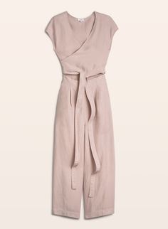 // Wilfred Brax Jumpsuit, available at Aritzia. Style Minimaliste, Fashion Forever, Minimal Fashion, Minimal Chic, Everyday Look, Jumpsuits For Women, Formal Wear, Warm Weather, Summer Outfits