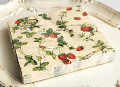 Strawberry Napkins | strawberry paper napkin | Strawberry