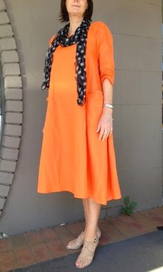 0a22be4488 Julie from Bernina Chatswood has made up our Lily Linen Dress pattern up in  Linen Hanky Mandarin to wear to the Better Hom.