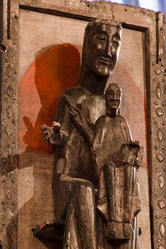 Notre Dame de Belloc,  Église Saint Jean de Dorres, Dorres (Pyrénées-Orientales)  Photo by Dennis Aubrey