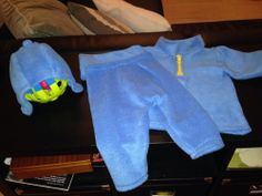DIY Pocoyo costume.  Find all the party supplies, decoration, favors and ideas of Pocoyo at partyweb.us