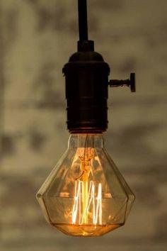 Diamond Bulb - E27 Screw 40 Watt