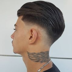 45 Cozy Drop Fade Haircut Ideas That Make You More Cool – Men's style, accessories, mens fashion trends 2020 Mens Hairstyles Fade, Cool Hairstyles For Men, Cool Haircuts, Hairstyles Haircuts, Haircuts For Men, Medium Hairstyles, Hairstyle Fade, Wedding Hairstyles, Drop Fade Haircut