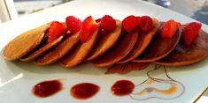 "Mini-pancakes ""ciocolătoase"" Mini Pancakes, Gem, Breakfast, Recipes, Food, Morning Coffee, Recipies, Essen, Jewels"