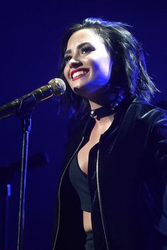 You'll Wonder Why Demi Lovato Isn't Nominated For a Grammy After Seeing This Performance