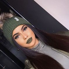 Imagem de girl, makeup, and green