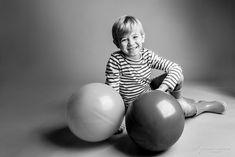 Photographe enfant à Bordeaux et Paris. Shooting en studio par Antoine Demoinet photographie