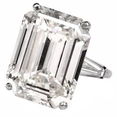 Exceptional Emerald-Cut Diamond Platinum Engagement Ring For Sale at 1stdibs