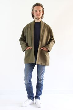 Discover the sewing pattern to sew the men's version of the Artemis coat from I AM Patterns. Print the pattern and sew the jacket or trench version straight away. I Am Patterns, Mens Sewing Patterns, Sewing Ideas, Tweed, Stylish Jackets, Coat, Menswear, Normcore, Artemis