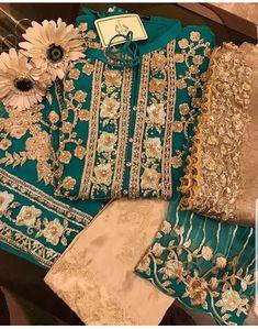 Pakistani Formal Dresses, Pakistani Wedding Outfits, Pakistani Dress Design, Bridal Outfits, Designer Party Dresses, Indian Designer Outfits, Party Wear Dresses, Stylish Dress Designs, Stylish Dresses