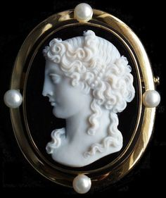 La Princesse Lointaine (The Faraway Princess) Cameo    Size:1 - 13/16 by 1 - 3/8 inches  Material: Agate. Unframed  Date: French First Empire (1795 - 1810)  Origin: Paris