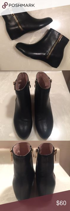 NWT Chinese Laundry Elise Black Booties New, never used. black leather booties, gold zipper design on sides, zipper closure on inside, small hidden wedge. they are a size 8 but they RUN SMALL. so I'd say they fit like a size 7. no trades. Retail for $138. Chinese Laundry Shoes Ankle Boots & Booties