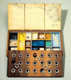 Joseph Cornell: Object, Roses des Vents (1942-53)