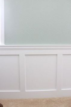 DIY wainscoting, want this for my dining room!! I may give it a shit with some help from my father in-law!