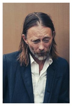 Thom Yorke - - Rolling Stone 2016 - By Taro Mizutani Atoms For Peace, Paranoid Android, Thom Yorke Radiohead, How To Disappear, Alternative Rock Bands, Fashion Poses, Japanese Fashion, Music Bands, Rolling Stones