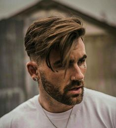 Short Fade Haircut on the Sides and Back with Long Side Swept Hair on Top, Best Haircuts For Men: Cool Men's Hairstyles To Get Right Now - Short, Medium and Long Hair Guys für Männer Medium Top 35 Popular Men's Haircuts + Hairstyles For Men Guide) Popular Mens Haircuts, Cool Hairstyles For Men, Cool Haircuts, Hairstyles Haircuts, Anime Hairstyles, Casual Hairstyles, Wedding Hairstyles, Black Hairstyles, Side Swept Hairstyles Men