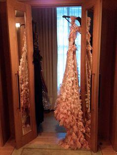 Beautiful, beautiful Marchesa dress.