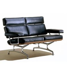 Charles Eames; Leather, Wood and Chromed Metal Sofa for Herman Miller, 1978.