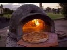 So I have seen a few other people make these and I thought I would give it a go as I love Pizza but have never been able to justify the cost of a store bough. Pizza Oven Outside, Pizza Oven Outdoor, Wood Burning Oven, Wood Fired Oven, Oven Diy, Four A Pizza, Exercise Ball, Outdoor Kitchens, Drum