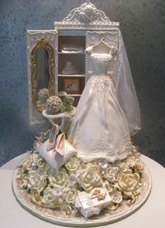 Bridal Shower Cake...what can you say about this other than...wow