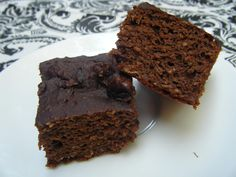 Mostly healthy Chocolate Protein Cake Bars