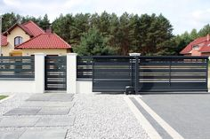 Zielona Góra - realizacje ogrodzeń — FENZ Front Gates, Front Fence, Entrance Gates, House Fence Design, Modern Fence Design, Fence Panels, Garage Doors, Outdoor Decor, Fence Ideas