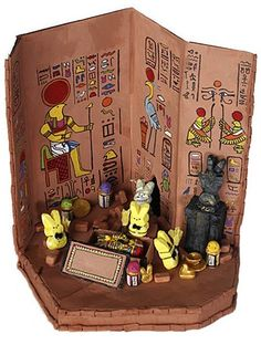 Peeps ★ Contest Place Winner: cool artwork the Tomb of King Peepankhamun peeps diorama photo featuring cute Easter Candy Peeps as ancient Egyptians Easter Peeps, Easter Candy, School Projects, Projects For Kids, Egyptian Party, Egyptian Costume, Egypt Crafts, King Tut Tomb, 7 Arts