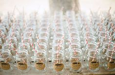 mason jar drinks for guests