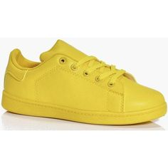 Boohoo Heidi Colour Block Trainer ($26) ❤ liked on Polyvore featuring shoes, sneakers, yellow, loafer flats, brogue shoes, high top shoes, flat pumps and loafer shoes