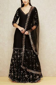 Find most amazing black lehenga designs for your bridal parties here and bold your beauty. Check the exclusively curated list of latest black lehengas. Pakistani Dresses Casual, Indian Fashion Dresses, Dress Indian Style, Indian Gowns, Pakistani Dress Design, Black Indian Gown, Black Pakistani Dress, Pakistani Fashion Party Wear, Indian Style Clothes