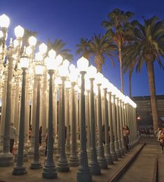 There's something about being a tourist in your own city. That's exactly what I was when I took this pic last night. Apparently these lamp posts at @Los Angeles County Museum of Art are famous and I had no idea! My uber driver (and pool passenger) were both shocked I hadn't heard of them before! I live for new experiences and being a tourist close to home was just one more opportunity to find joy in the little things. And I'm all about loving the little things in life! Have you been a...