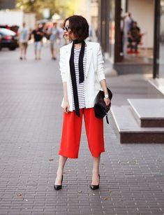 Sonya Karamazova, skinny scarf, white blazer, stripes, culottes, street style, outfit ideas, top picks,