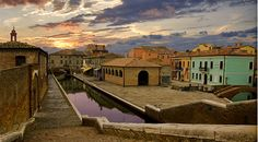 Comacchio - Ferrara - Italy | #VearHausing for your vacation in Lidi Ferraresi www.vear.it