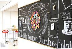 Ontworpen voor een basisschool als welkomstbord. Te gekke krijtborden met eigen design voor je kantoor, horeca, winkel, of waar dan ook! Bars And Clubs, Industrial Office, Chalkboard, Creative, Restaurants, Google, Quotes, Blue Prints, Atelier